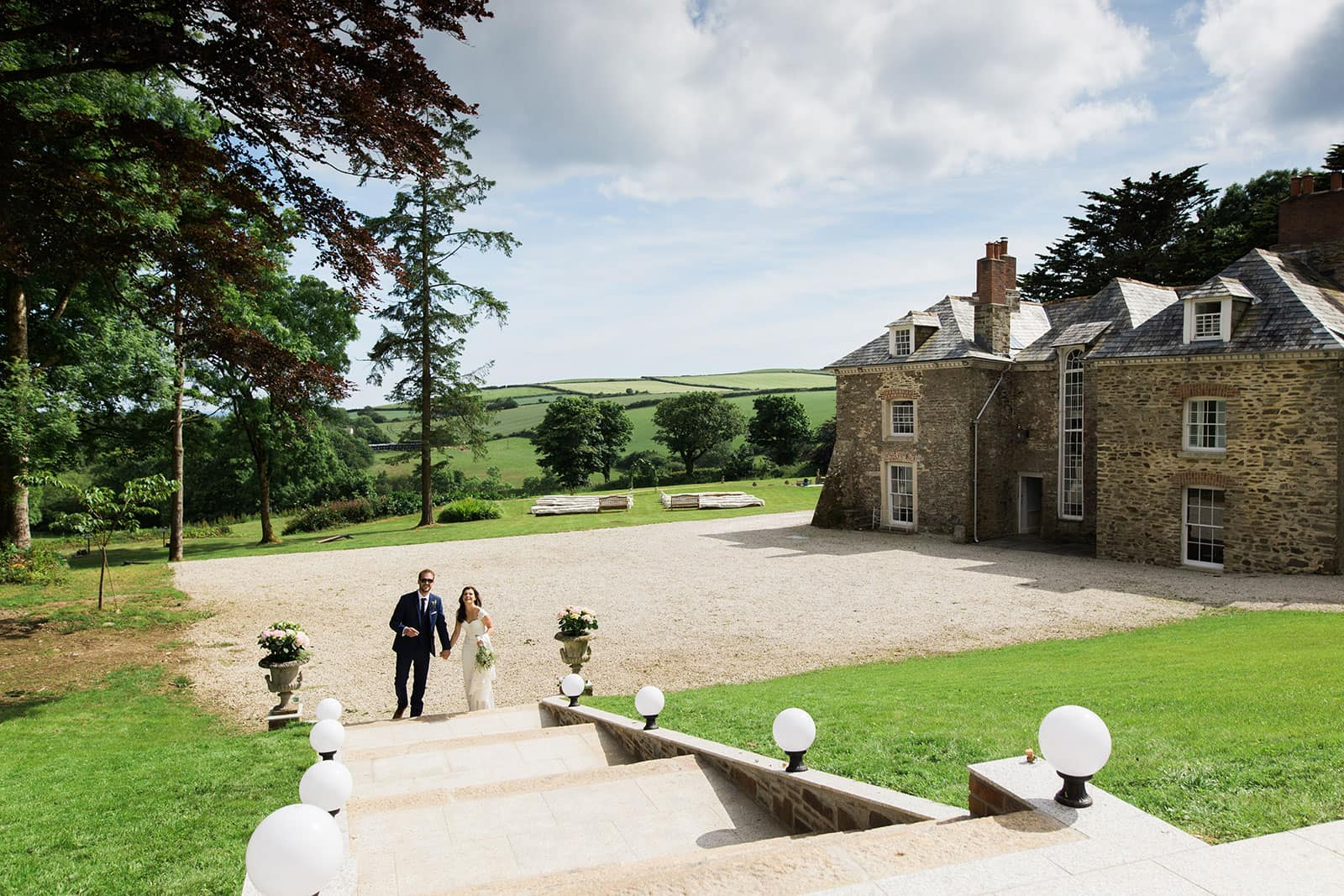 Tredudwell Manor a stunning Queen Anne country manor as featured on eeek! weddings
