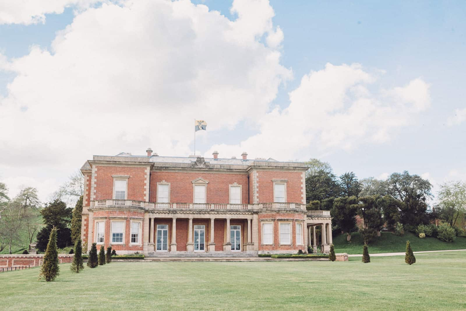 Wedding shoot at Hillersdon House with it's beautiful grounds